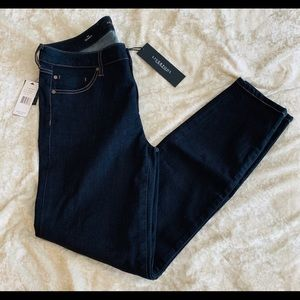 NWT Liverpool Abby Skinny Jeans 👖 Color Ind Rinse